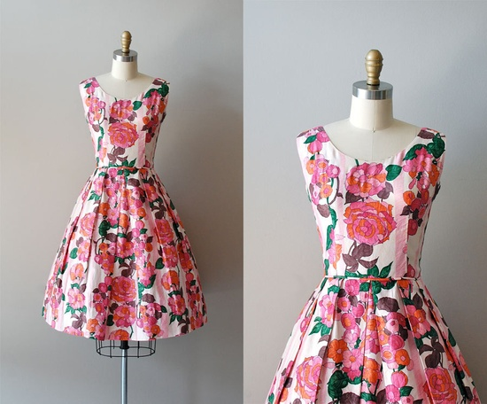 1950s Bloomed Poppies dress #fashion #floral #dress #1950s #partydress #vintage #frock #retro #sundress #floralprint #petticoat #romantic #feminine