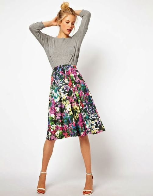 Floral mini skirt fashion for summer