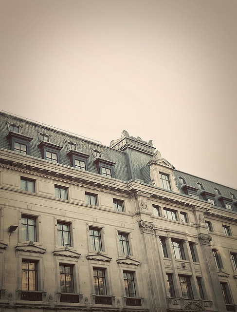 A Paris moment in London by Thorsten Becker, via Flickr