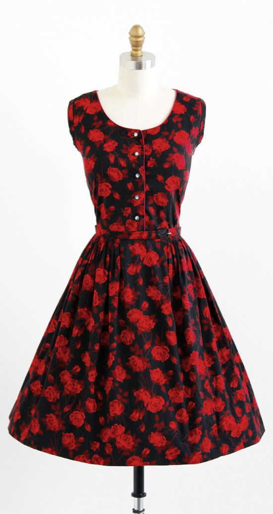 vintage 1950s red + black roses cotton day dress