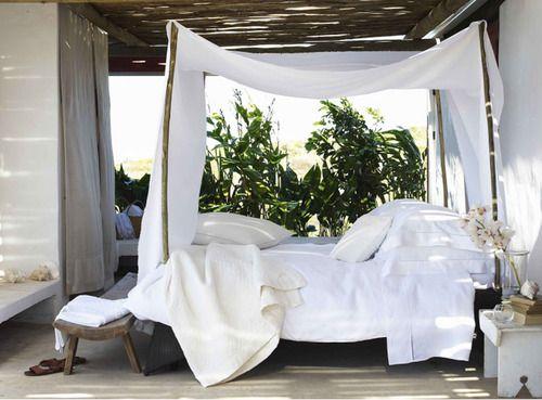 outdoor bedroom whhaaatt