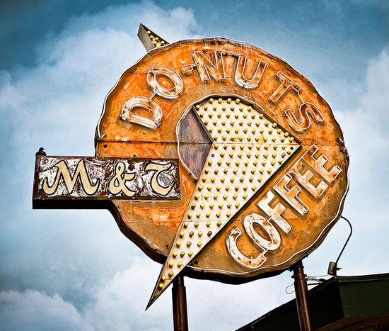 M & T Donuts by Shakes The Clown. I love Vintage Signs. #vintage #Signs #graphics #classic