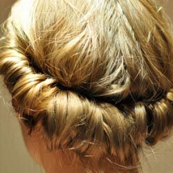 Easy DIY Boho Hairstyle ~ create curls without heat