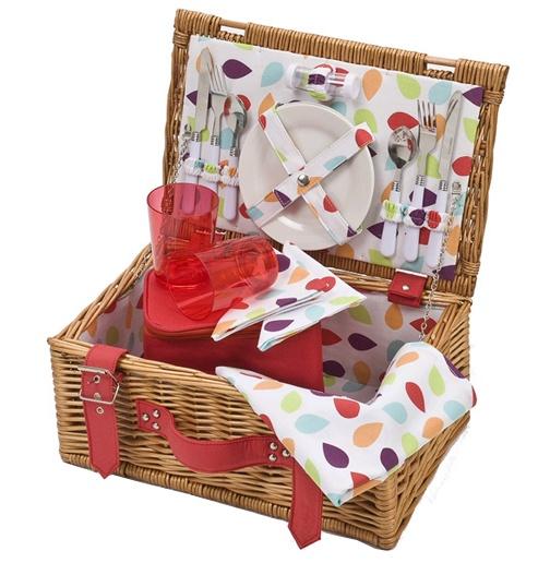 Adorable picnic basket!