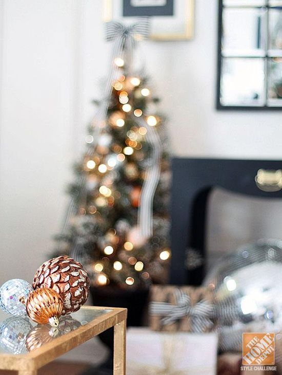 Black, white, and gold make a beautiful neutral palette for this holiday.