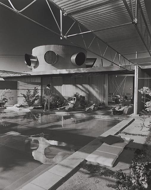 Frey House, 1953 Palm Springs, CA / Clark & Frey, architects © Julius Schulman