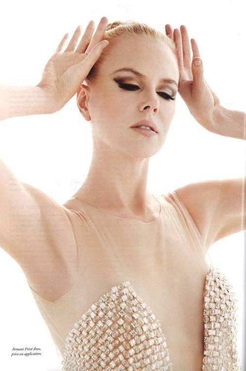 Nicole Kidman [i love her eye makeup!]