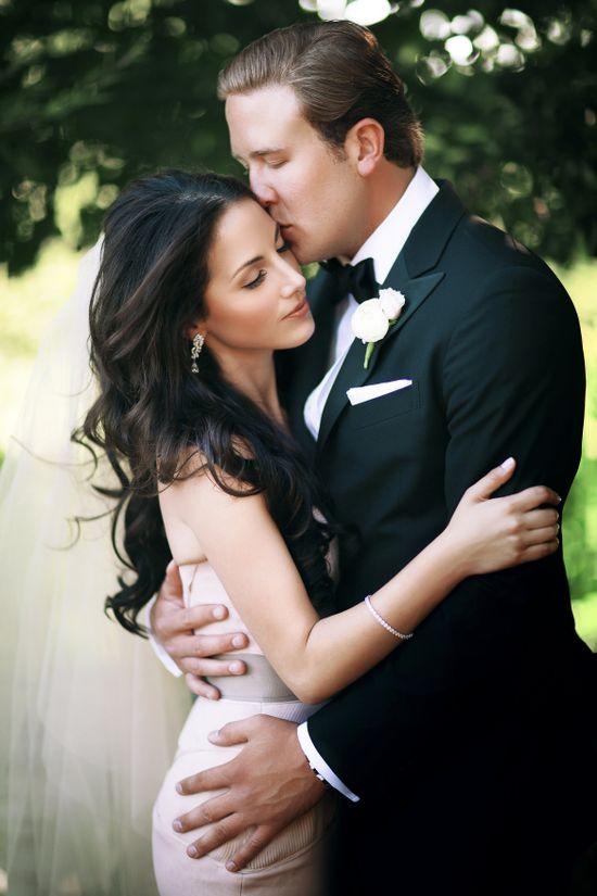 Wedding Wednesday: Our Wedding Photos #verawang #bride