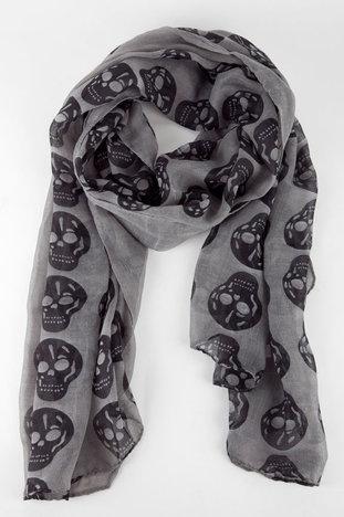 skull scarf. I NEED