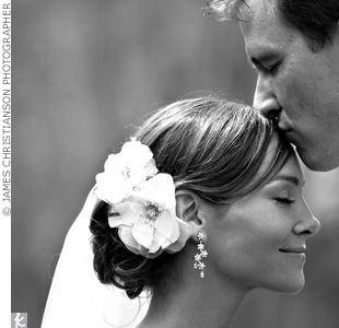 10. The perfect 'do. #modcloth #wedding
