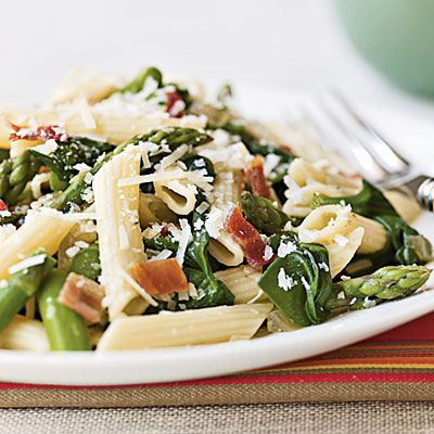 11 Quick & Healthy Dinners [featured: Penne with Asparagus, Spinach & Bacon] via Cooking Light #cleaneating #fitness