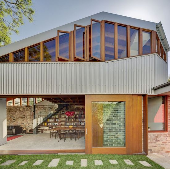 Cowshed House / Carter Williamson Architects