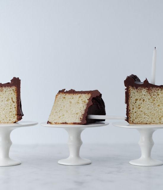 individual servings of cake on cake stands