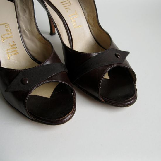 Vintage 1950s Peep Toe Slingbacks #vintage #shoes #brown #fallfashions #1950s #leather @Etsy