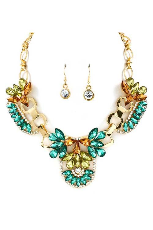 statement necklace with beautiful colors