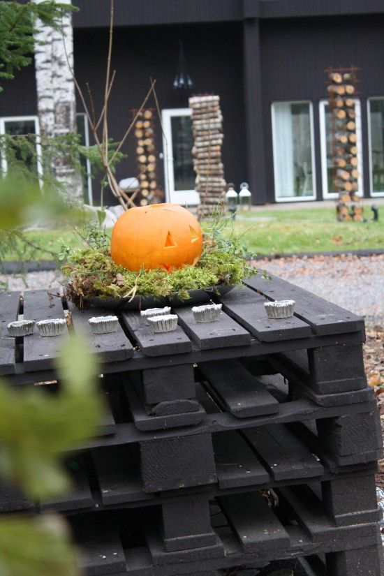 Heloween Decoration using Pallets
