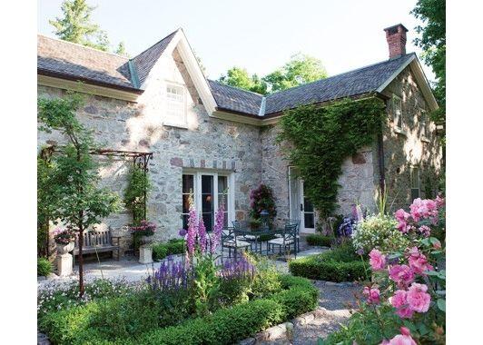 Gorgeous Gardens - Home and Garden Design Ideas
