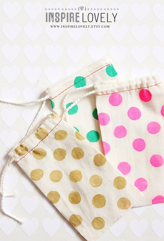 10 Cotton Bags - Spotted. via Etsy