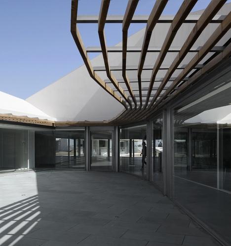 Castellón, Spain  Nueva Sede del Grupo de Empresas Azahar  OAB – FERRATER & ASOCIADOS, NÚRIA AYALA