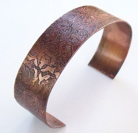 Floral etched copper cuff by DreamCornerJewelry on Etsy, $15.00