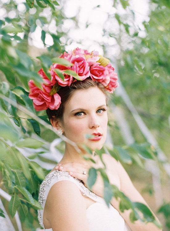 striking floral crown  Photography by greenapplephotogr..., Floral Design by sarahwinward.com