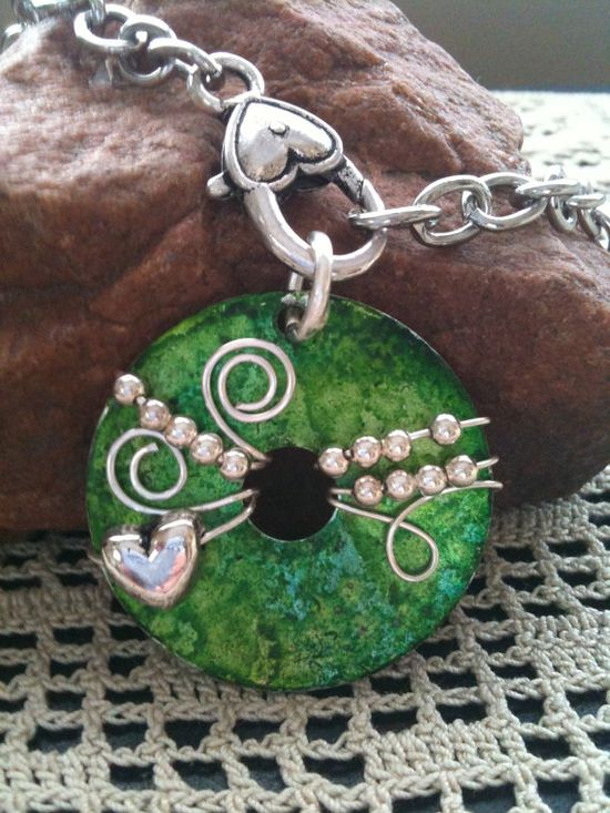 Beautiful Green Wire Wrapped Washer Pendant Necklace