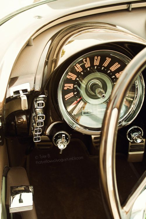 Vintage car dash/controls