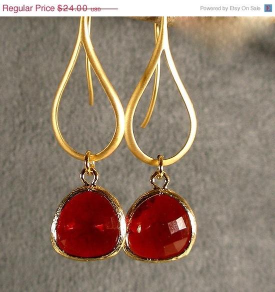 Pretty Earrings for V-Day