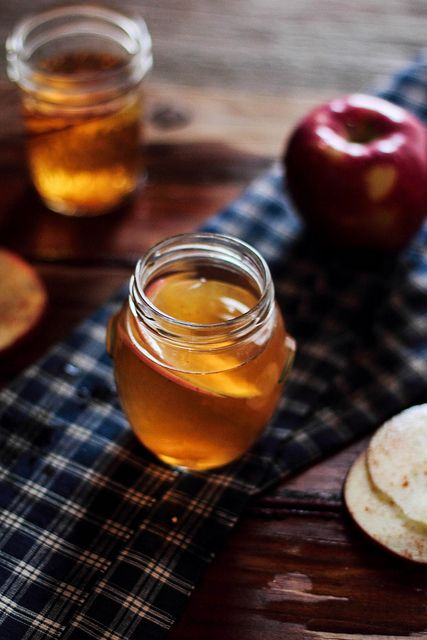 Hot Bourbon Apple Cider by pastryaffair #Apple_Cider #Bourbon