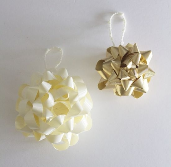 DIY Gift Bow Ornaments!