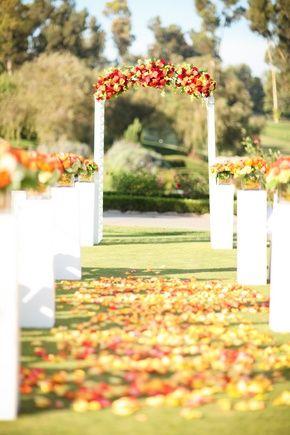 Pretty fall wedding decor #ceremony #decor #aisle