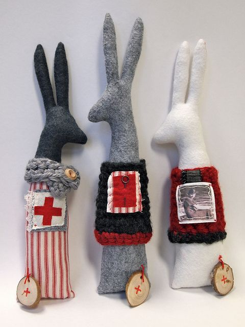 winter rabbits 3 by das_kaninchen, via Flickr