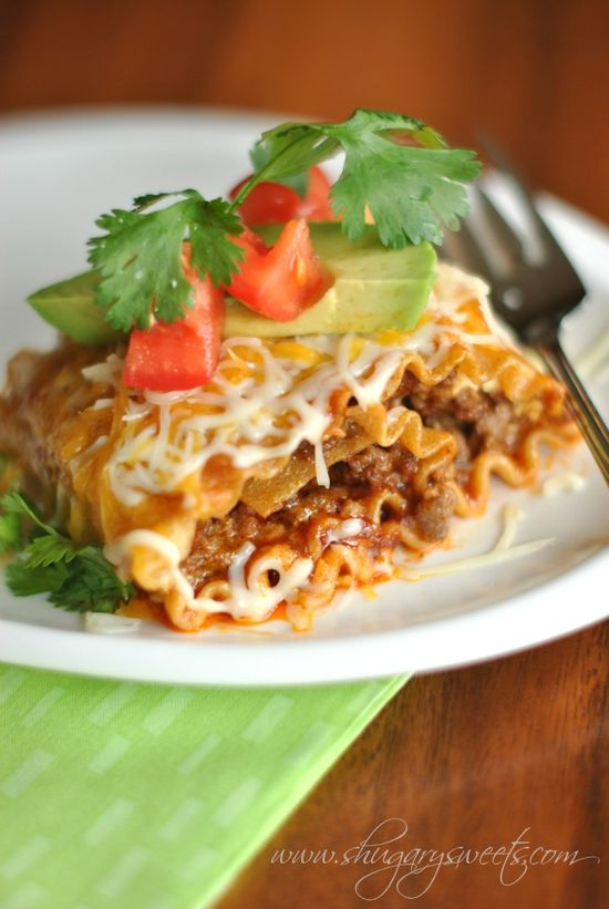 Enchilada Beef Rollups: a delicious dinner that pleases the pasta lovers and mexican food lovers! #cincodemayo @Liting Mitchell Mitchell Mitchell Sweets