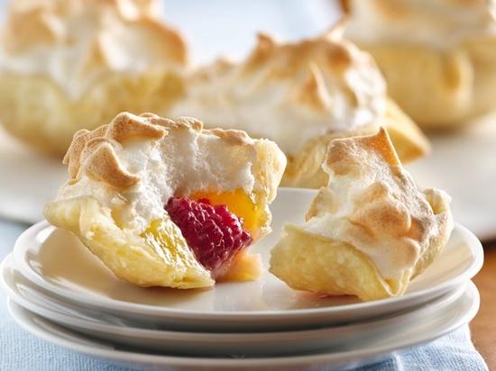 Mile High Lemon Meringue Mini Pies