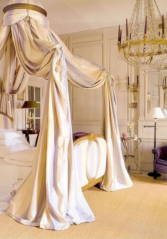 Graceful Crown Canopy Bed