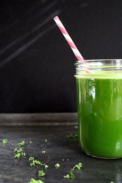 Apple Cucumber Celery Kale Ginger Juice