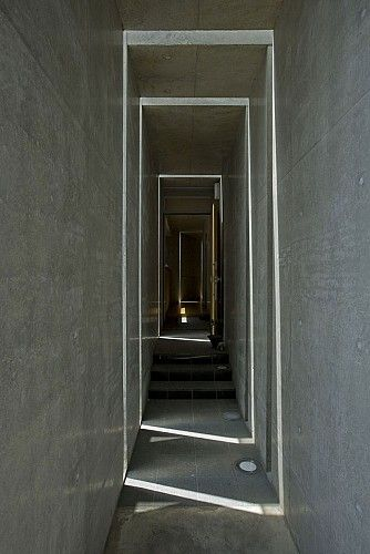 Slit House by Eastern Design Office