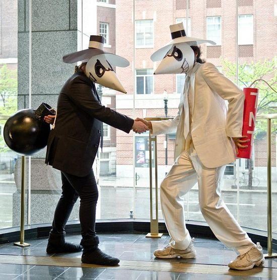 Spy vs Spy cosplay in Boston @Amanda Dennis