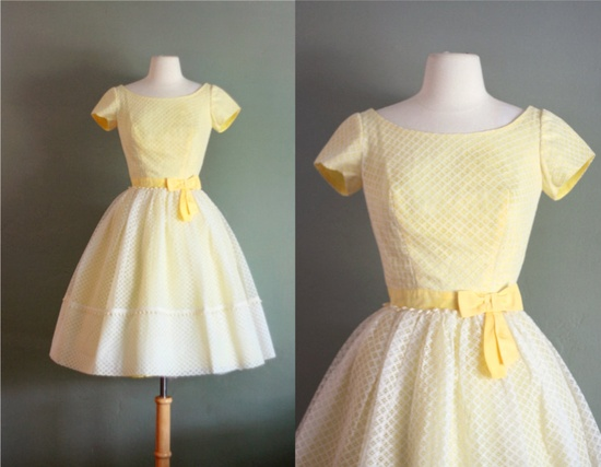 To be 'XS' and fit this 1950s dream pale yellow dress...