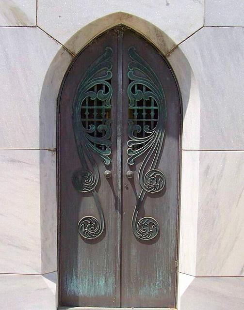 Art Nouveau door (Savannah, Georgia)