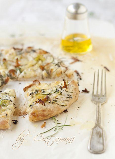 White Pizza by Cintamani ;-), via Flickr
