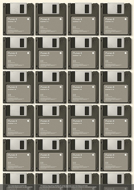 3.5 inch Poster (46 disk for iTunes 8.02) by antrepo