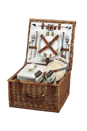 Cheshire Picnic Basket for Two.