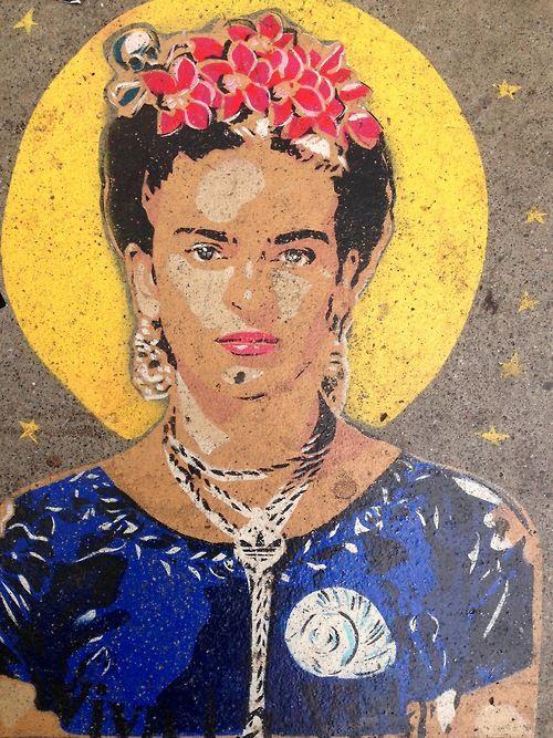 Frida street art #graffiti