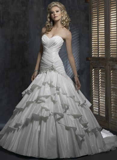 wedding dress pretty