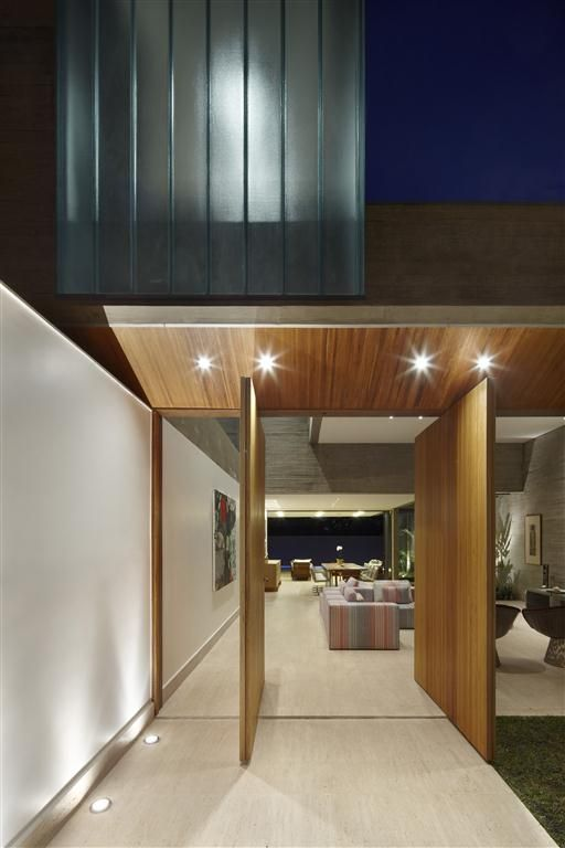 World of Architecture: Creative Modern Home by Anastasia Architects