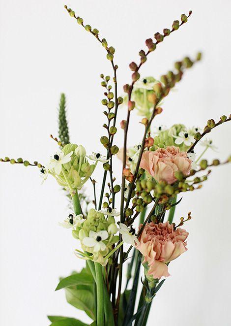 simply beautiful flower arrangement; star of Bethlehem, apple tree (?)