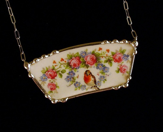 Broken china jewelry necklace by Dishfunctional Designs. robin, roses and forget me nots