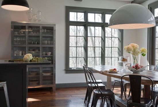 love the gray trim/accents and dramatic modern lighting. perfect contrasts happening here.  bliss blog