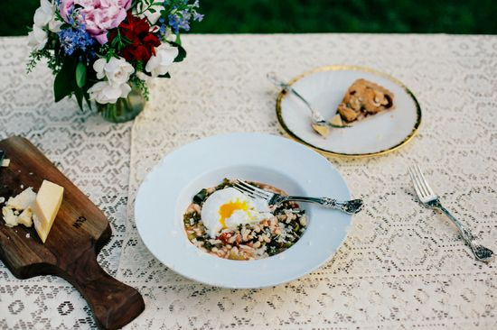 Garlicky White Bean & Kale Stew / Rebekka Seale